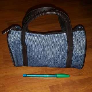 Estee Lauder Makeup Bag / Mini Handbag
