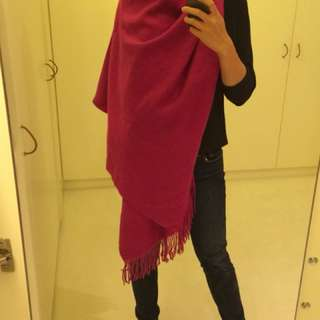 100% pure cashmere wrap in fuschia - brand new with tags!!!