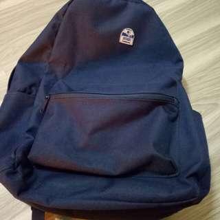 藍色後背包