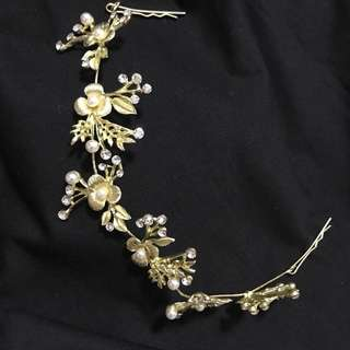 Hair accessory / elegant gold hair bling