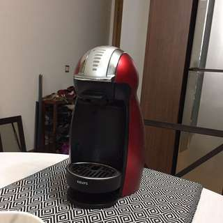 Dolce Gusto Genio 2 [red] Coffee Machine
