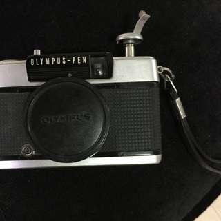 Olympus-pen ee2 film camera