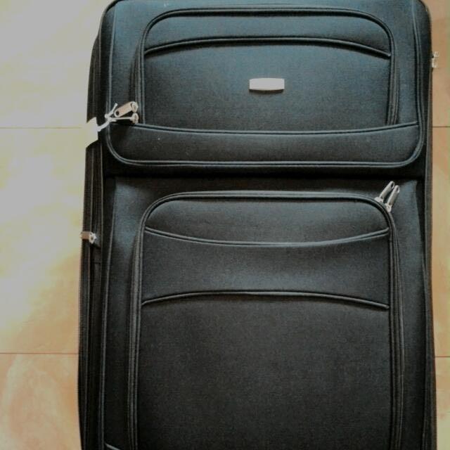 29吋魔術行李箱(澳洲購入)