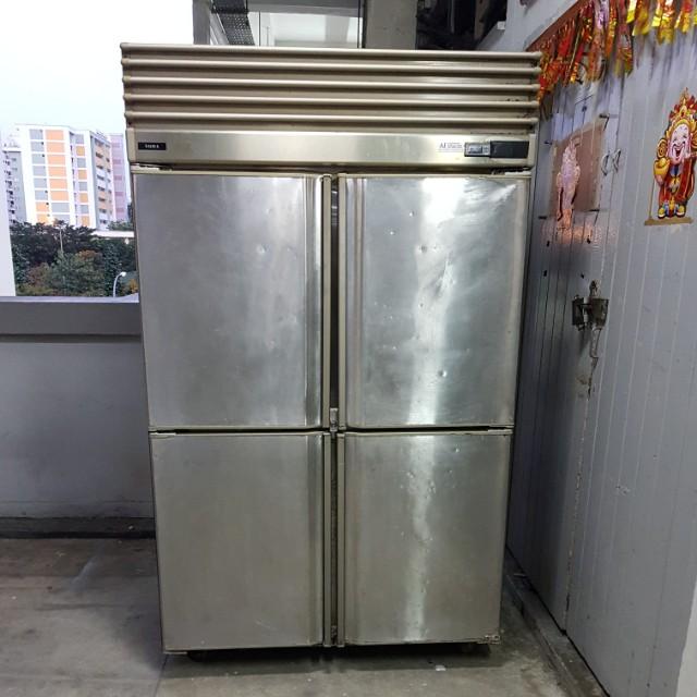 4door Upright s/s Freezer