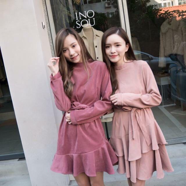 全新正韓粉色荷葉洋裝(右邊的