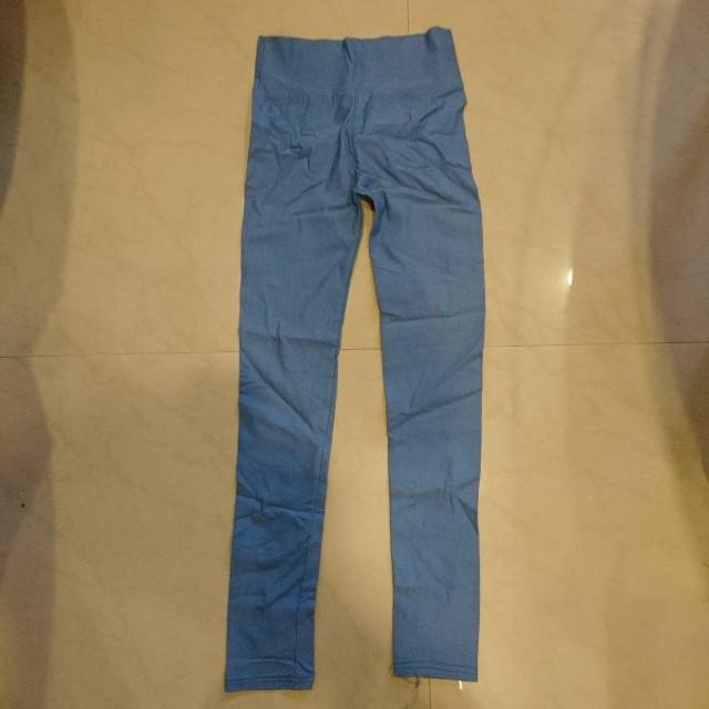 全新 淺藍緊身褲