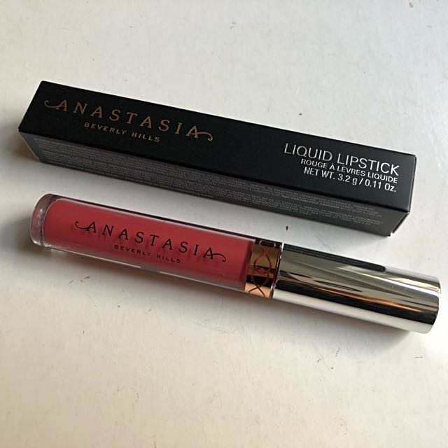Anastasia Beverly Hills Liquid lipstick in Kathryn