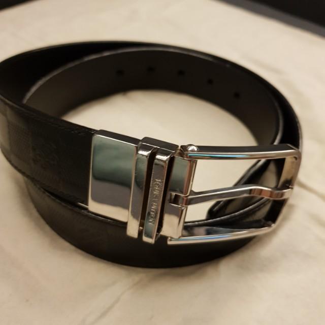 b58735bc132f Authentic Louis Vuitton Men Belt