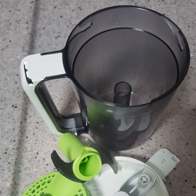 Avent steamer & blender with FREE Avent storage cups