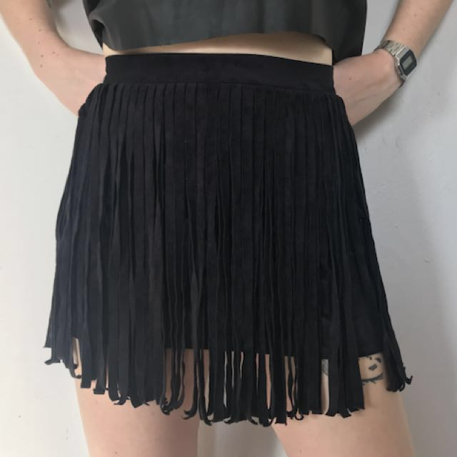 bb dakota faux suede tassel skirt, never worn!