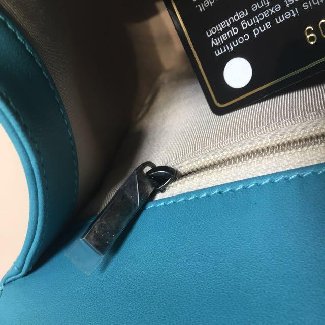 Boy Chanel 藍綠色 28cm