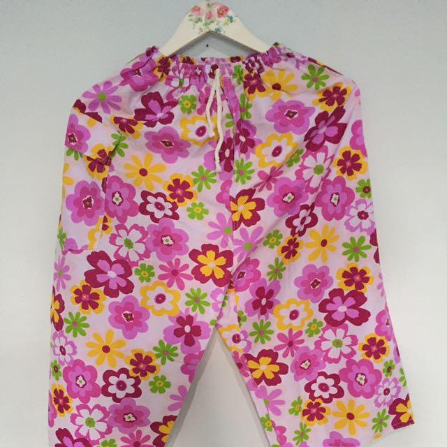 Celana Pendek Bali