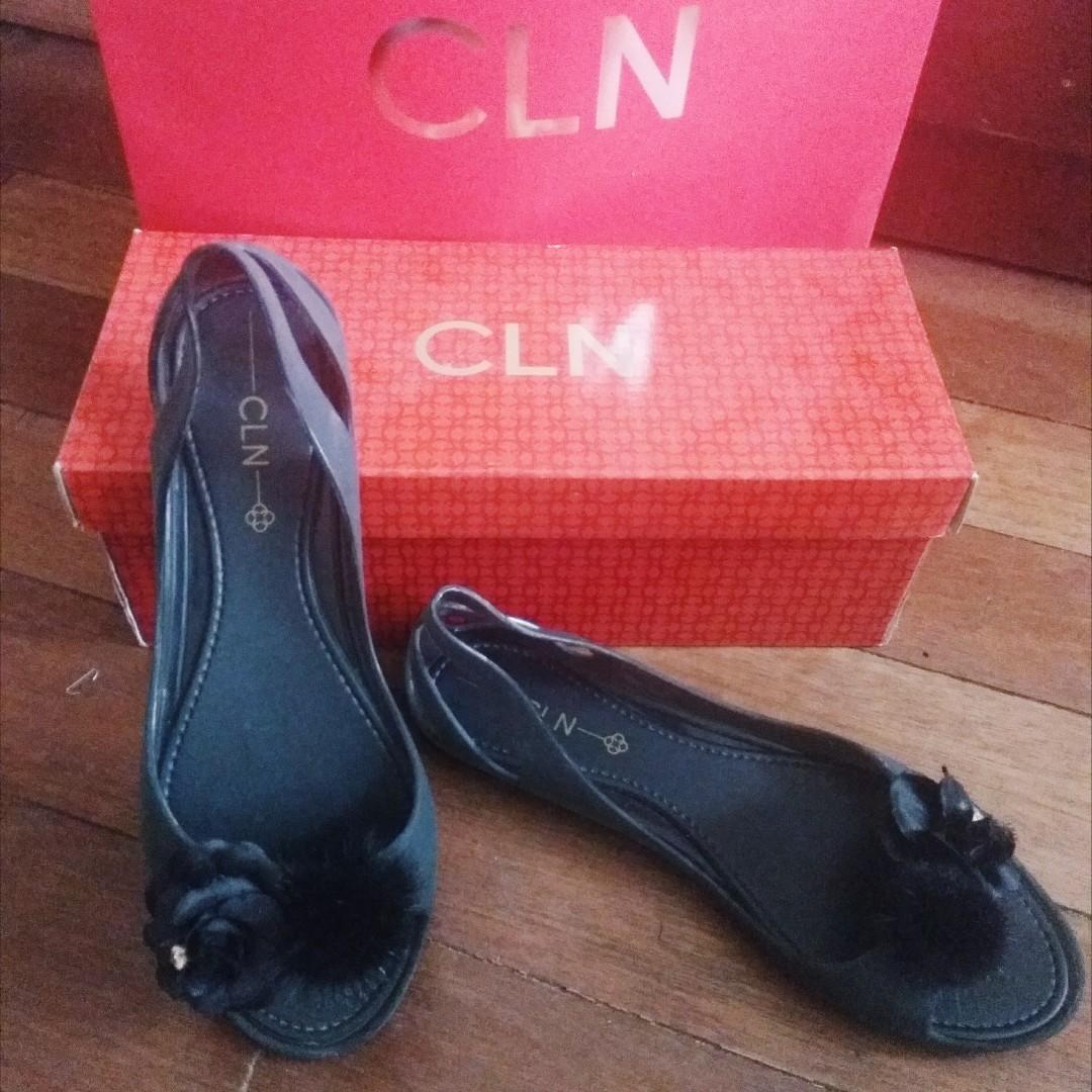 e5b3f8c3cb09 CLN Jelly Sandals