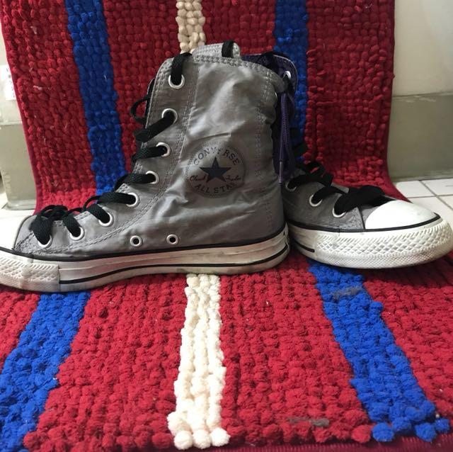Converse 灰色尼龍中筒鞋