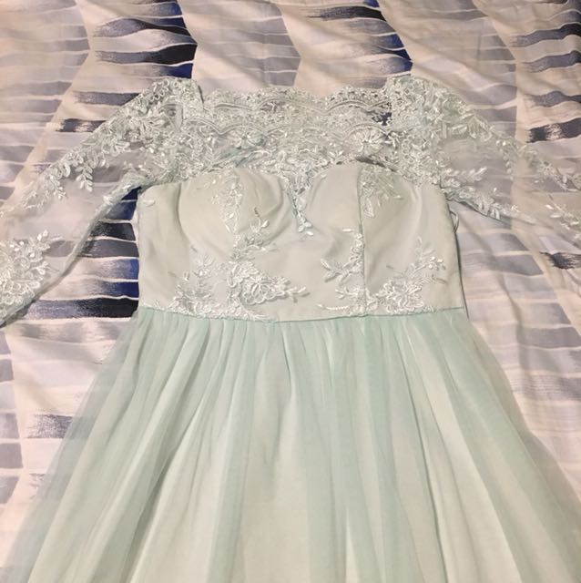 Flowing Lace Dress