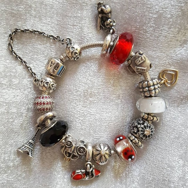 59799e202 ... discount authentic original pandora bracelet charms. womens fashion  jewellery on carousell 8e684 4d795