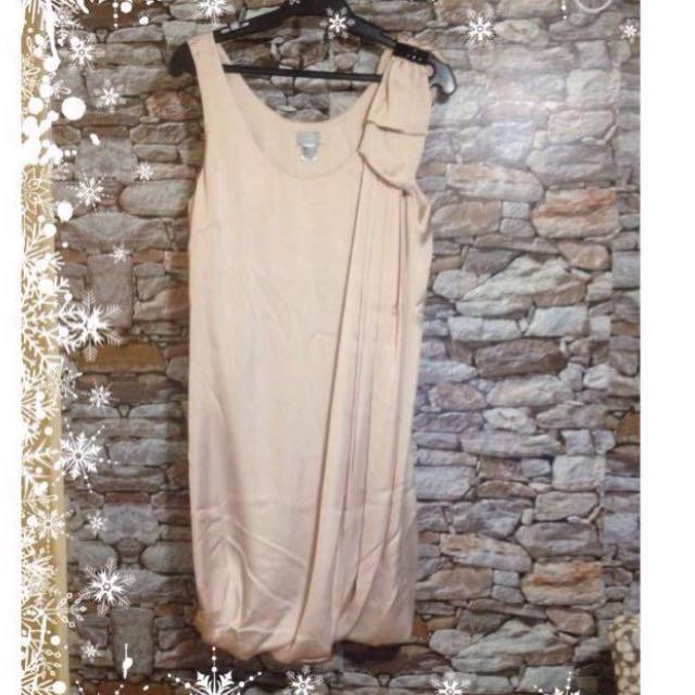 H&M Nude Bubble Hem Satin Dress
