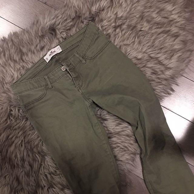 HOLLISTER OLIVE PANTS