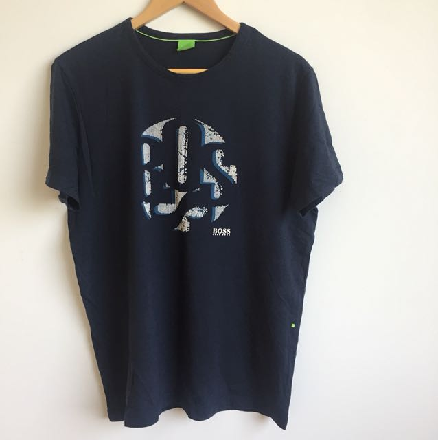 ce06ceb8 Hugo Boss Mens t-shirt, Men's Fashion, Clothes on Carousell