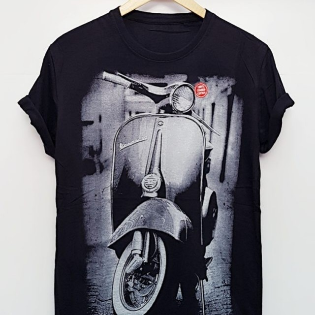 Kaos Hitam Vespa Men S Fashion Men S Clothes On Carousell