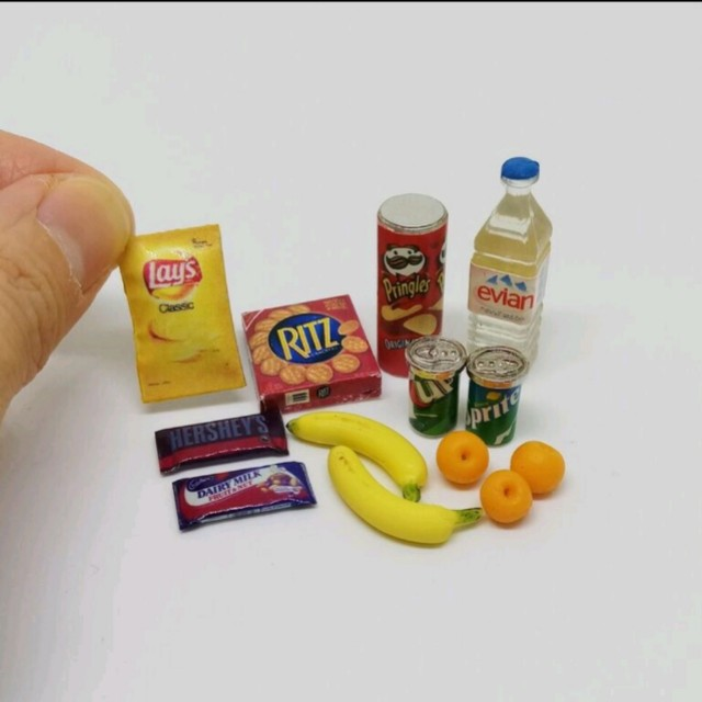 Miniature Food and Drinks Lot