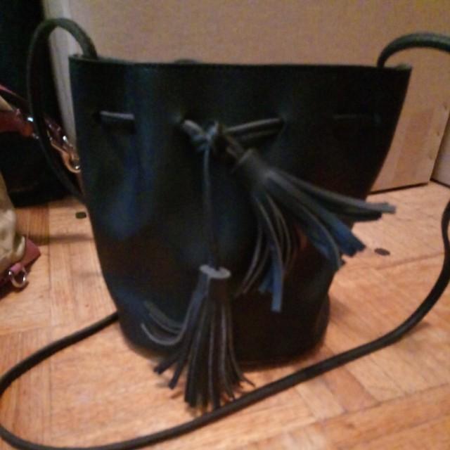 Miniso bucket purse
