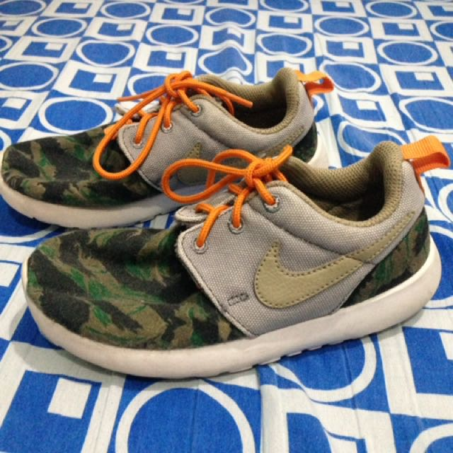 Nike Roshe Camouflage Rubber Shoes