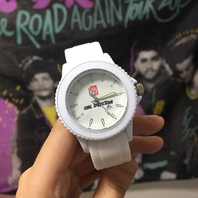 One direction vip watch womens fashion watches on carousell m4hsunfo
