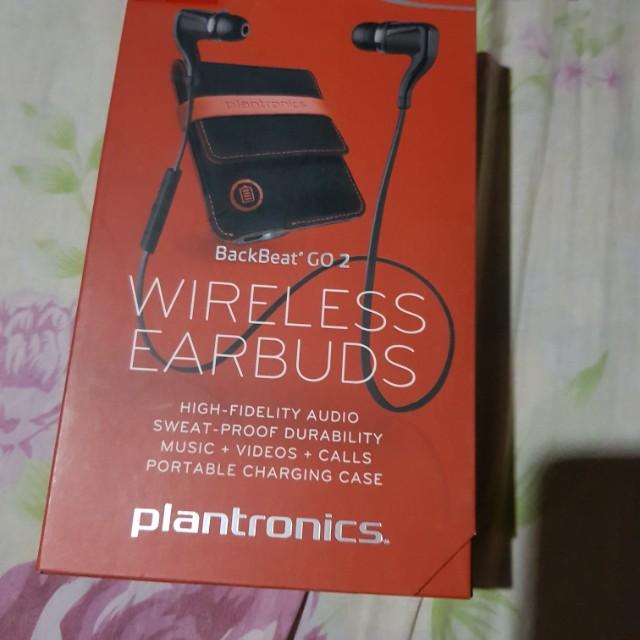 Plantronics wireless earbuds