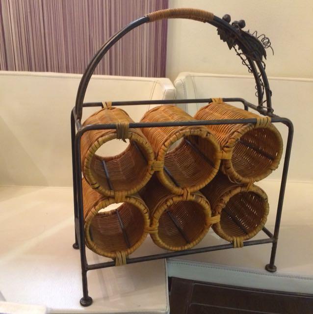 Portable Rattan wine holder