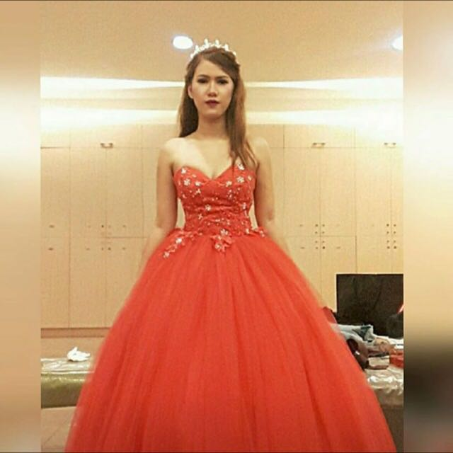 RED BALL GOWN FOR RENT, Preloved Women\'s Fashion, Clothes on Carousell