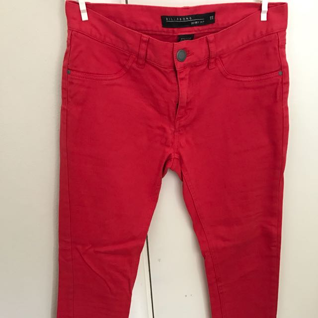 Red jeans Billabong