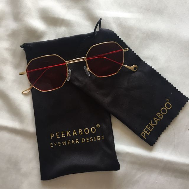 RED TINTED GLASSES