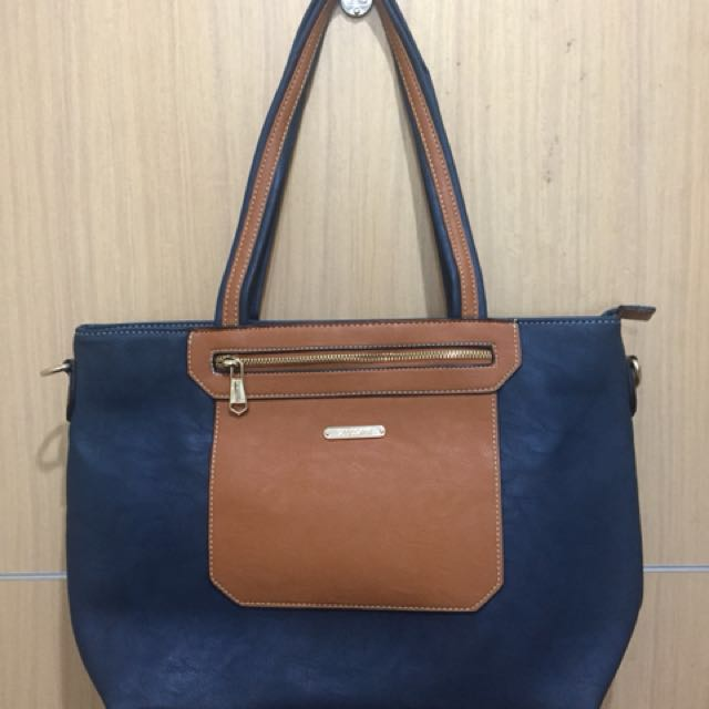 Repriced! Brand new with tag secosana bag