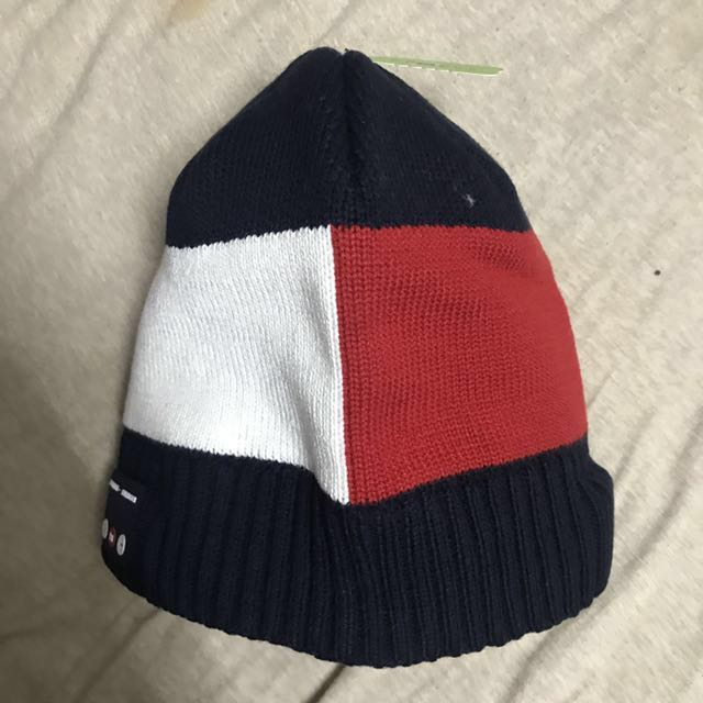 Tommy Hilfiger beanie hat with Bluetooth headphone 藍牙音樂帽 ... 945c1cfb3e8