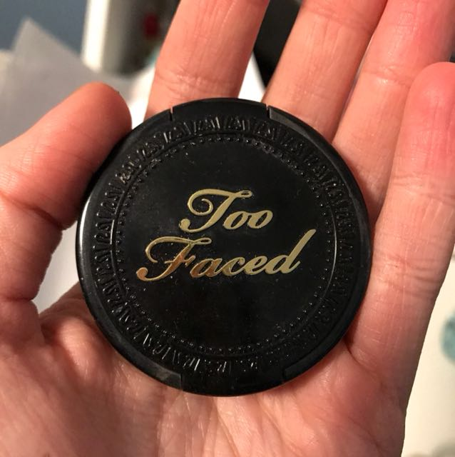Too faced deluxe sample bronzer