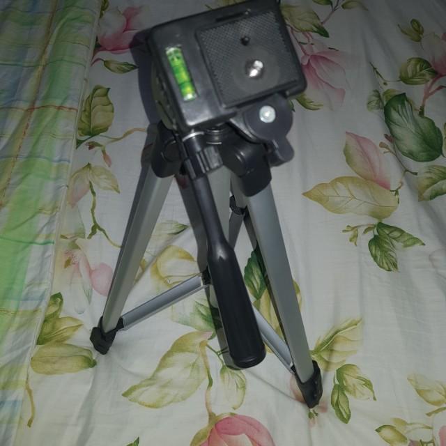 Universal Camera Tripod