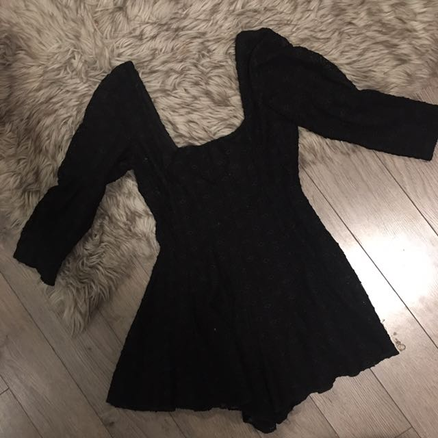 URBAN OUTFITTERS LACE BLACK ROMPER