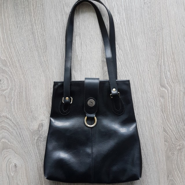 Vintage leather lucky duck bag