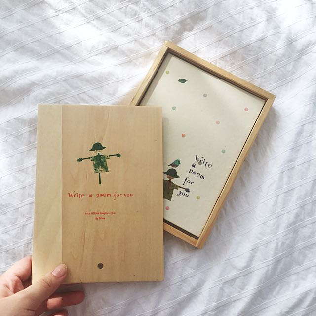 VINTAGE NOTEBOOK PLANNER WITH WOOD BOX