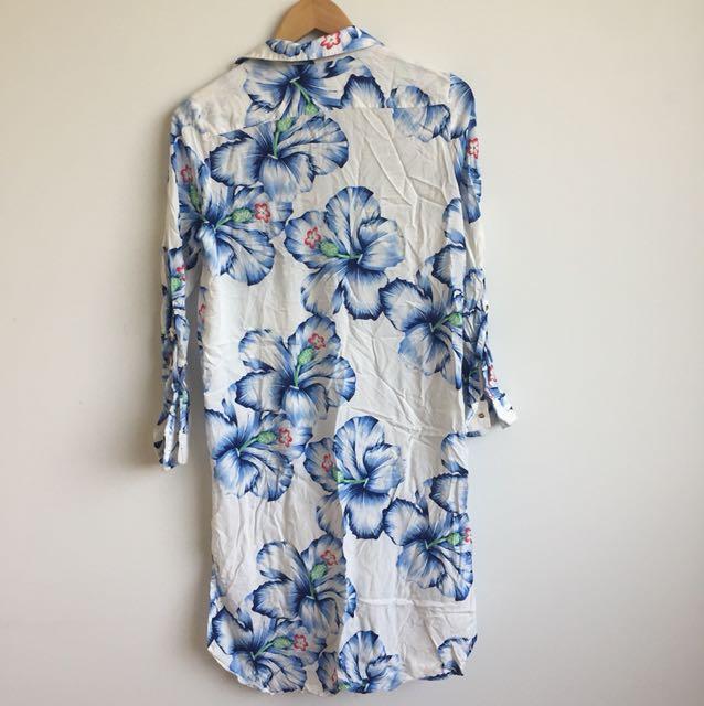 3130fdbdc41b Zara Hawaiian shirt dress, Women's Fashion, Clothes, Dresses & Skirts on  Carousell
