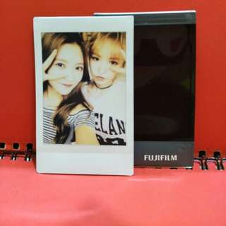 Red Velvet Yeri Wendy Polaroid
