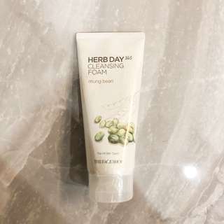 BRAND NEW THE FACE SHOP HERB DAY 365 CLEANSING FOAM MUNG BEAN