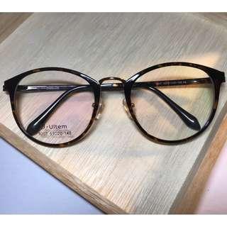 中金梨形亮玳瑁色眼鏡(D8)
