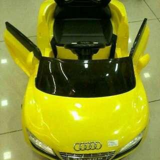 Audi Car ( LIMITED)