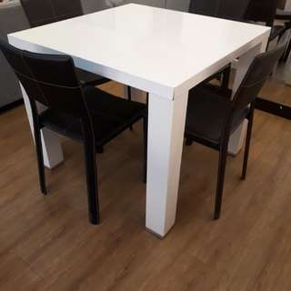 Laminated White Table