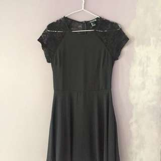 Forever21 Black Lace Dress 🖤