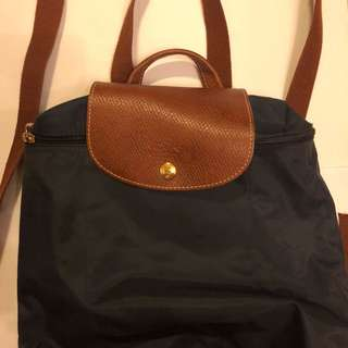 Longchamp backpack (95%New 用過數次)