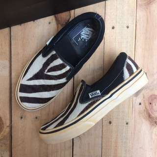 Vans slip on japan market