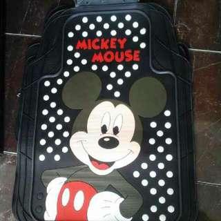 Karpet mobil Mickey Mouse